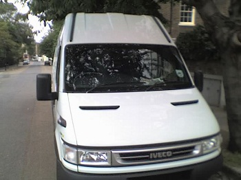 Should you pay monthly van insurance or do it all in one go?